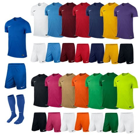 ensemble de foot nike enfant