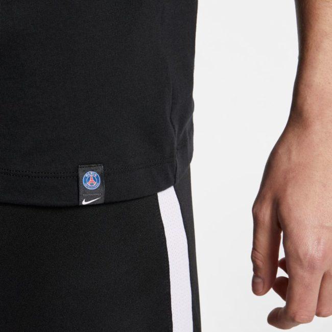 psg-tee-shirt-nike-noir-paris-porte-logo-psg-AQ7467-010-PHSFH001