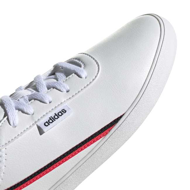 chaussures-adidas-femme-blanches-courtflash-xEH2531-devant